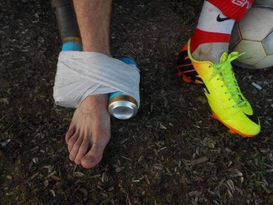 a lábán lévő vörös foltok kezelést okoznak